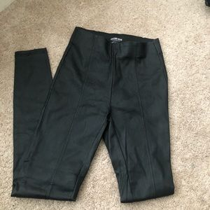 NWOT Fashion Nova Faux Leather leggings